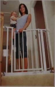 New LoveNCare Safety Gate Barrier Baby Pet Child RP$129