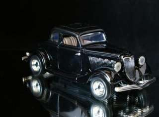 1934 Ford Coupe MOTORMAX Diecast 124 Scale   Black