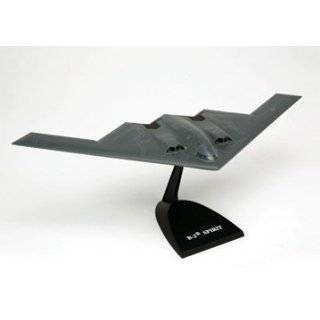 B 2 Spirit   1/100 scale model Toys & Games