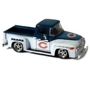 UD Collectibles NFL 1956 Ford F 100 Pick Up Truck Bears