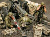 Custom Built 135 WWII German Pak 40 Gun Crew Set